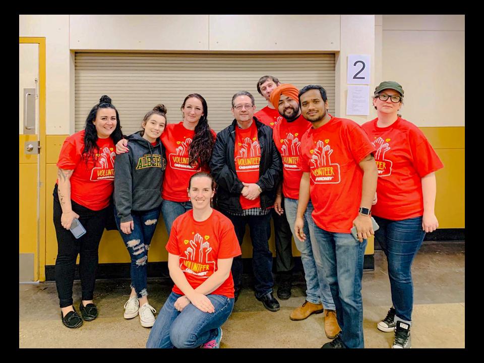 More Cash Money volunteers at Hope mission