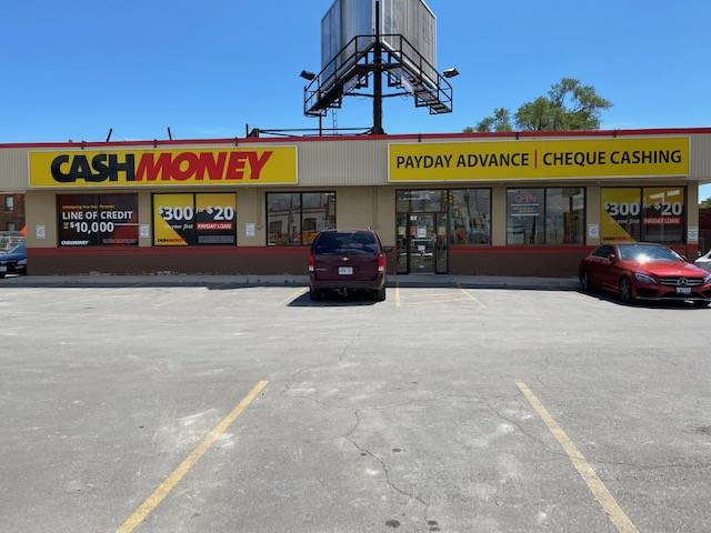 Cash Money store at 1795 St Clair Ave W Toronto, ON M6N 1J7