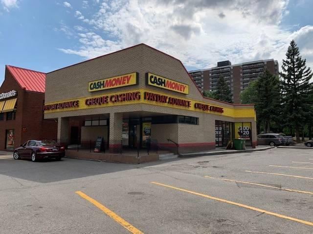 Cash Money store at 6172 Bathurst St Toronto, ON M2R 2A2