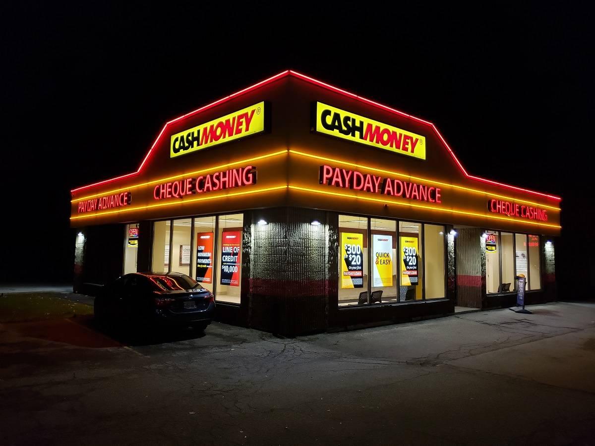Cash Money store at 320 Speers Rd Oakville, ON L6K 3R9