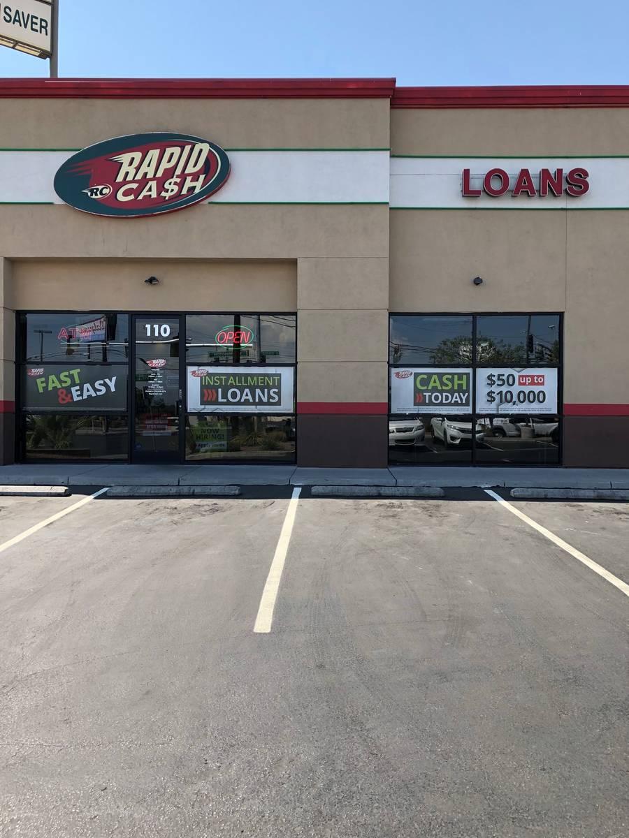 Rapid Cash exterior on W. Washington